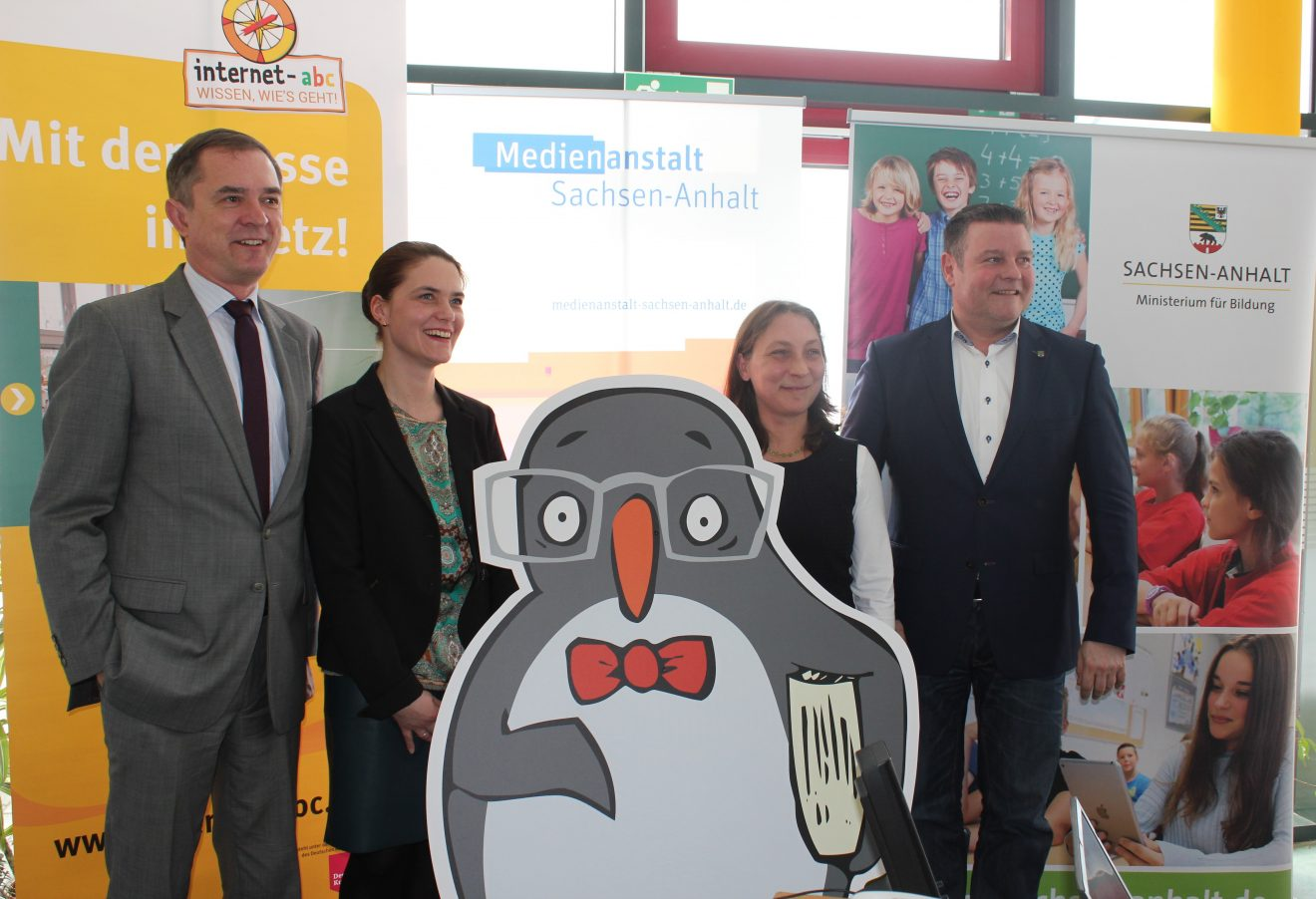"""Pilotprojekt """"Internet-ABC-Schulen in Sachsen-Anhalt"""" gestartet"""